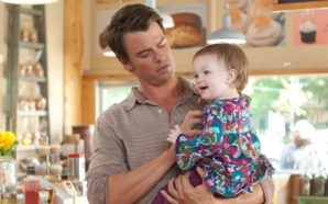 bad-first-date-leads-to-instant-parenthood-in-life-as-we-know-it-2