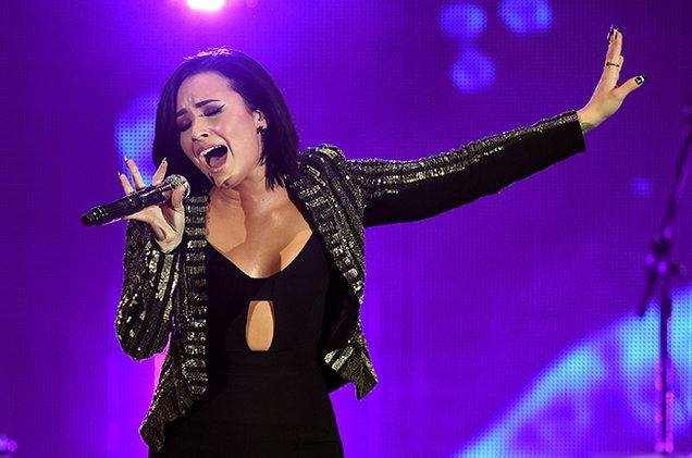 demi-lovato-cbs-radio-2015-billboard-650