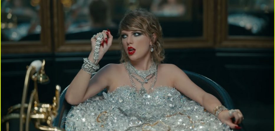 taylor-swift-look-what-you-made-me-do-video-stills-11