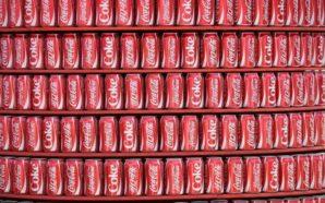 Una verdadera adicción al refresco ¿30 latas de Coca-Cola al…