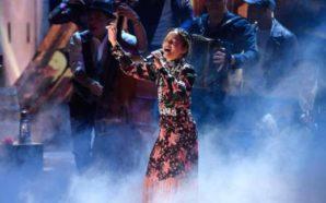 Anuncia Natalia Lafourcade pausa en su carrera