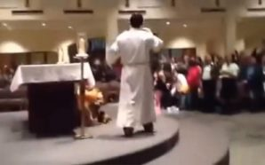 "Sacerdote baila al ritmo de ""High School Musical"""