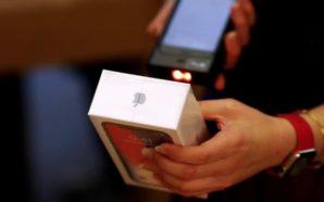 Minoristas le bajan el precio a los iPhone